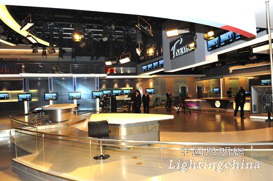 設計 案例 正文    天津數字電視大廈新聞演播廳室內照明工程獲得第五