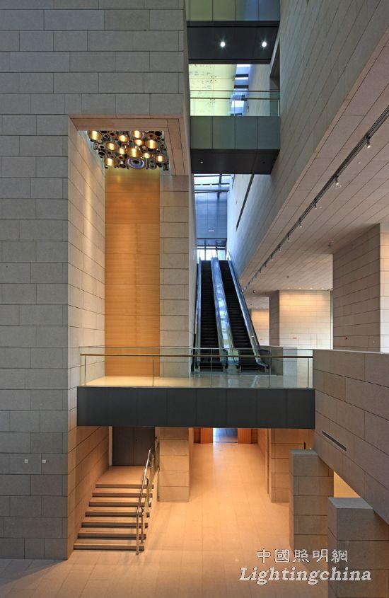 中照奖:山东广播电视中心综合业务楼室内照明工程