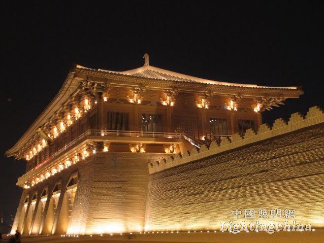 西安大明宮丹鳳門 夜景照明實景圖圖片