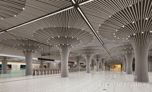 重庆地铁空间设计弧形单拱结构,设计手法简洁流畅,设计元素含蓄中